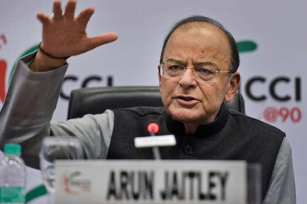 अरुण जेटली की दो-टूक: पेट्रोल-डीजल की एक्साइज ड्यूटी में कटौती नहीं, जनता ईमानदारी से भरे टैक्स