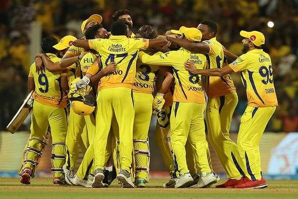 IPL ट्रॉफी जीतने के साथ ही इतने करोड़ रुपये घर ले गई चेन्नई की टीम