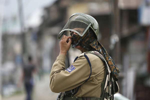 कश्मीर में राजनीतिक उथल पुथल के बीच जवानों के निशाने पर रहेंगे ये आतंकी