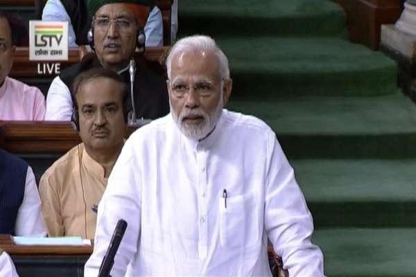 PM मोदी ने इस तरह मुद्दे दर मुद्दे विपक्ष को घेरा और दिया आरोपों का जवाब