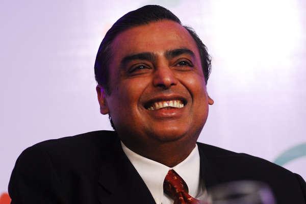 Hurun India Rich List 2018: मुकेश अंबानी भारत में सबसे अमीर, पतंजलि के बालकृष्ण भी शामिल