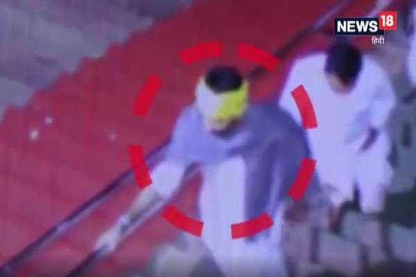 मथुरा के मंदिर में शॉल ओढ़कर दर्शन करने पहुंचे तेजप्रताप यादव, CCTV में कैद