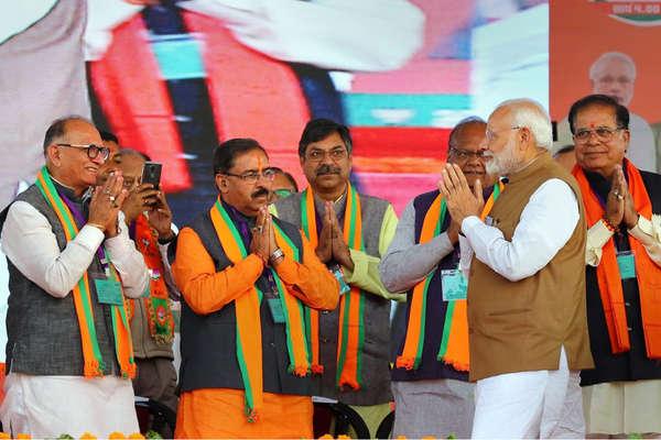 Assembly Election Result 2018: बीजेपी के 36 मंत्री हार गए चुनाव, एमपी-राजस्थान में सबसे बुरा रहा हाल