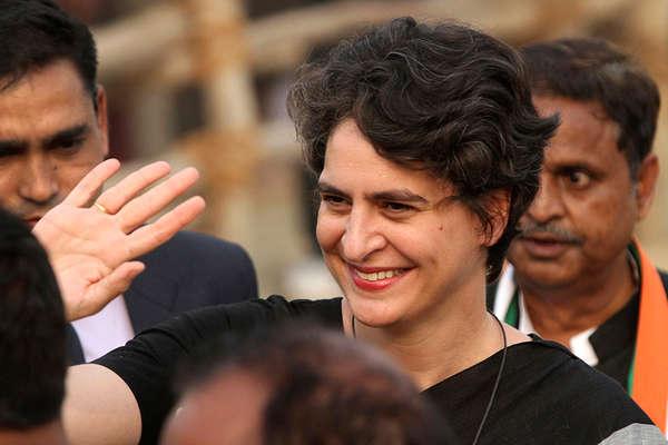 प्रियंका गांधी के राजनीति के अखाड़े में उतरते ही कांग्रेस ने तैयार किया 'मिशन 30' का फॉर्मूला