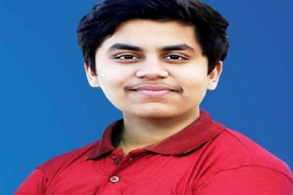 VIDEO : इंदौर के ध्रुव अरोरा ने JEE मेंस में किया टॉप, 100 फीसदी अंक हासिल