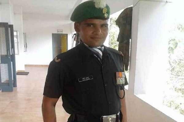 एनकाउंटर से पहले शहीद अजय ने पत्नी डिंपल से कहा, फिक्र मत कर स्पेशल टास्क पर जा रहा हूं