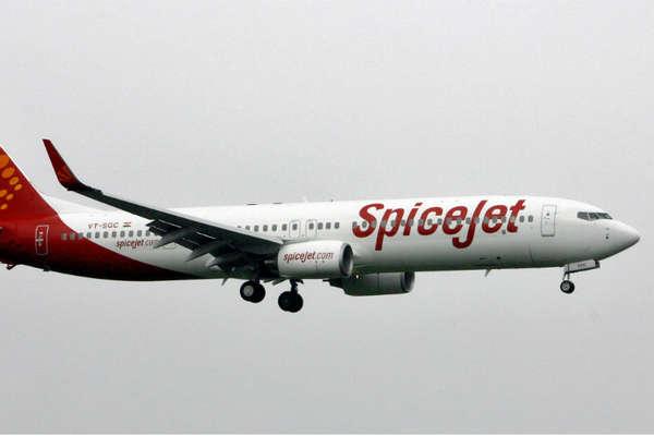 स्पाइस जेट ने जेट एयरवेज के 100 पायलटों समेत 500 कर्मचारियों को दी नौकरी