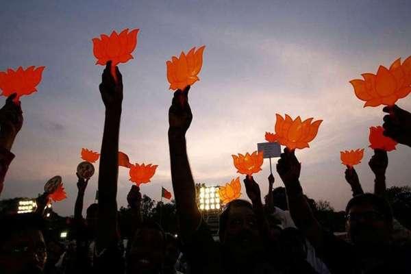 BJP में दूसरे दलों से आने वाले नेताओं का सिलसिला जारी, क्या की गई है टिकट की कमिटमेंट?