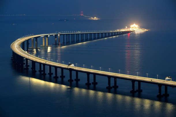 चीन में खुला दुनिया का सबसे लंबा समुद्री पुल, 55 KM है कुल लंबाई
