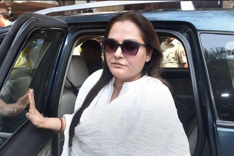 जया प्रदा ने थामा BJP का दामन, रामपुर से आजम खान को देंगी चुनौती!