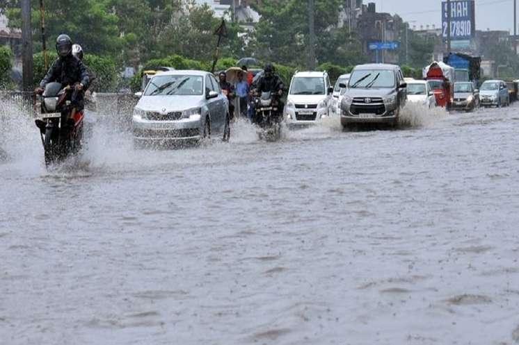 उत्तर भारत में बारिश का कहर, मरने वालों की संख्या 38 हुई